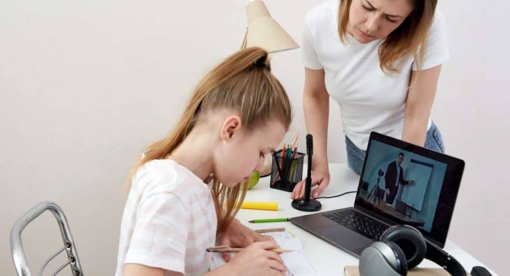 How to Homeschool Your Child Effectively?